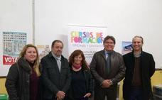 El PSOE dice «NO al derribo» del edificio del Fenoy y NO al traslado de Educación de Adultos