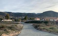 El gobierno de Cantoria asfalta el Camino de la Media Legua, tras cuarenta años de olvido