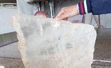 Piedras de cristal de 'Lapis Specularis' de Arboleas viajan hasta el Museo Arqueológico Nacional de Madrid