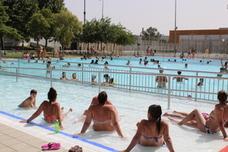 Las piscinas del municipio se hallan a pleno rendimiento por las intensas olas de calor