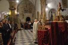 La imagen de Santa Cecilia es bendecida en Arjonilla