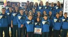Solidaridad y competición se unen en el VI Trofeo Navideño del Club Natación Andújar