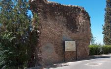 Cultura realiza trabajos de consolidación arqueológica de la muralla islámica en Andújar