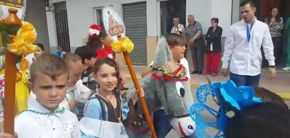 1.200 alumnos participan en la Romería del colegio Isidoro Vilaplana de Andújar
