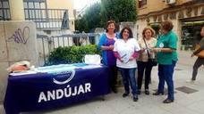 Podemos Andújar inicia una campaña en defensa de la sanidad pública