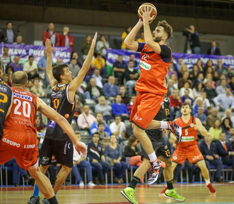El jienense Berni Castillo se incorcopora a la disciplina del CB Andújar