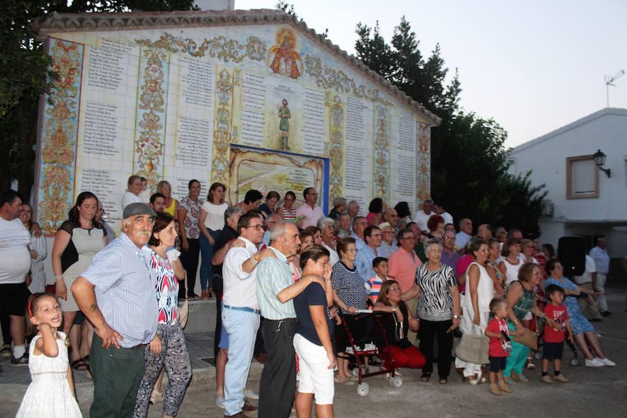 Un monolito recuerda a los 148 colonos que llegaron a Llanos del Sotillo