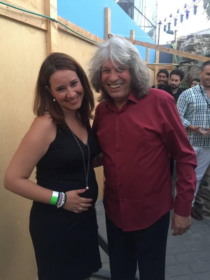 Puri Jiménez derrama todo talento como violinista en la zona
