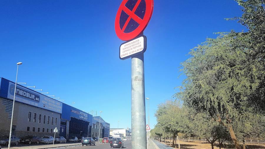 Los vehículos no circularán en la zona donde se hace el botellón