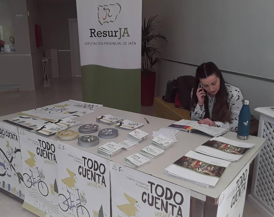 La Diputación inicia una campaña de sensibilización en el reciclaje a los escolares