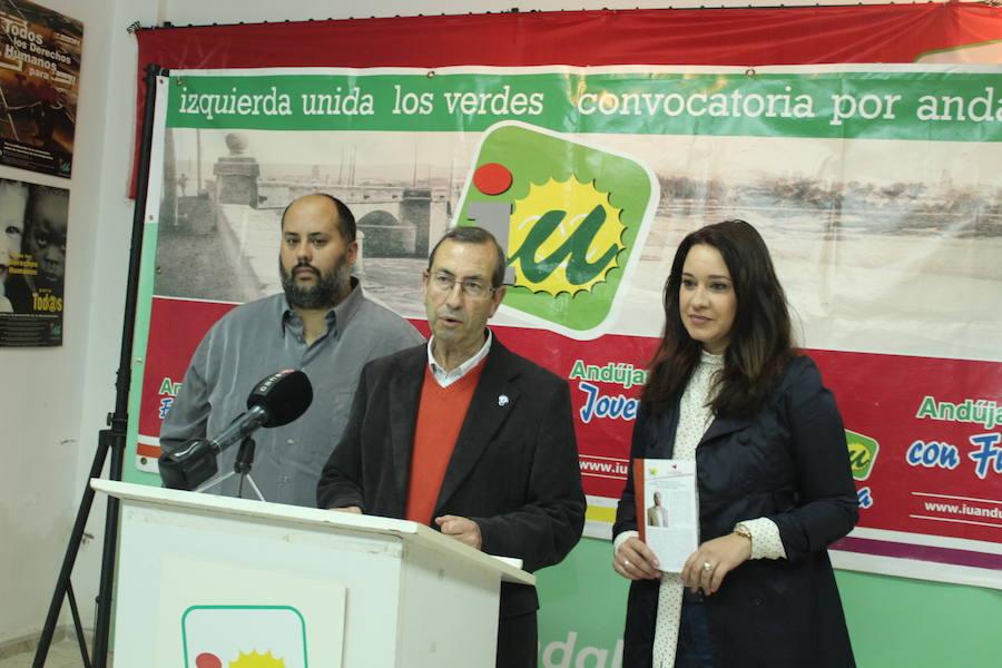 Izquierda Unida presenta su boletín informativo 'Alternativa Andújar'