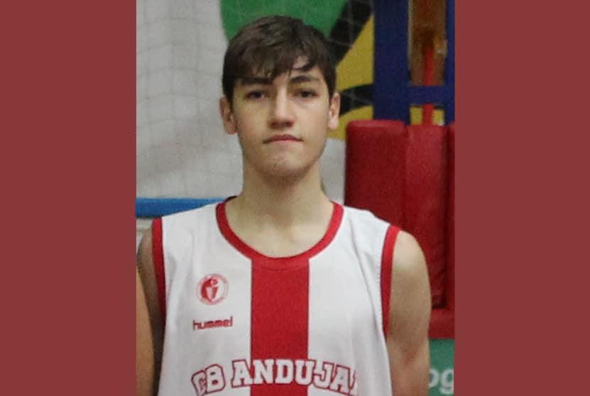 El jugador cadete del CB Andújar, Javier Martínez, elegido en la lista de la Selección Española U16
