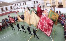 Las banderas de la Matriz esparcen vientos de amor mariano a toda la ciudadanía