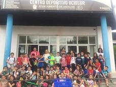 El deporte de la natación llega a los jóvenes de Andújar gracias al I Trofeo Intercentros San Bartolomé