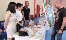 La SAFA acoge una feria que alienta el emprendimiento juvenil