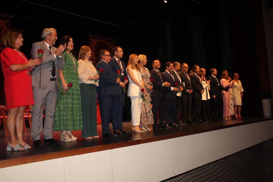 El reelegido alcalde Paco Huertas apela en su discurso de investidura al desarrollo industrial y logístico de Andújar