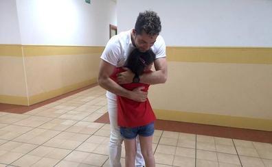 La emotiva sorpresa de David Bisbal a la pequeña Rocío en su concierto en Andújar