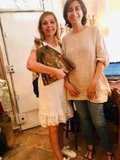 Una andujareña adquiere en Madrid una talla antigua de 'La Morenita' que la dará a la ciudad