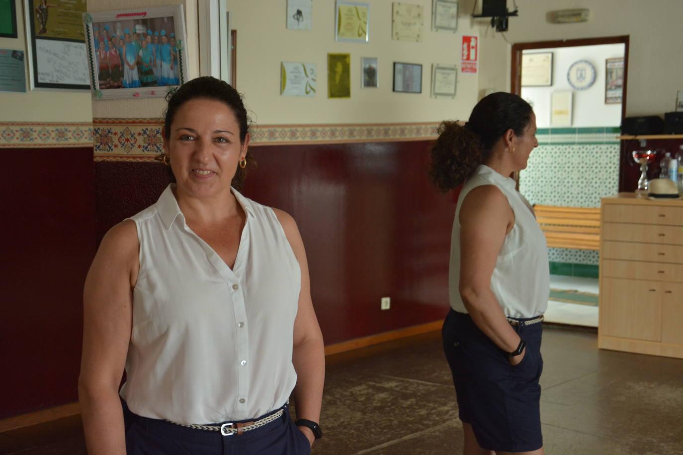 Pilar Algaba llevará el folklore de la tierra a un festival internacional