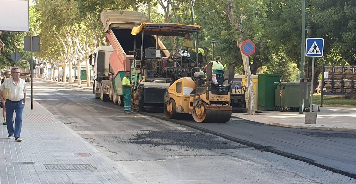 Hoy ha arrancado en la calle La Palma el Plan de Asfaltado y el tiempo ha respetado finalmente