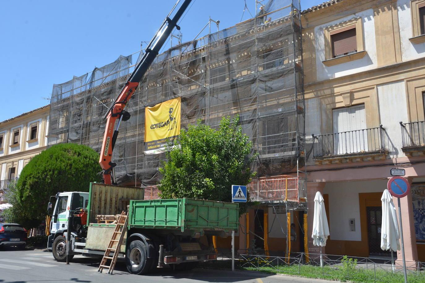 Arranca la reforma de las viviendas del lado Oeste de la Plaza de España