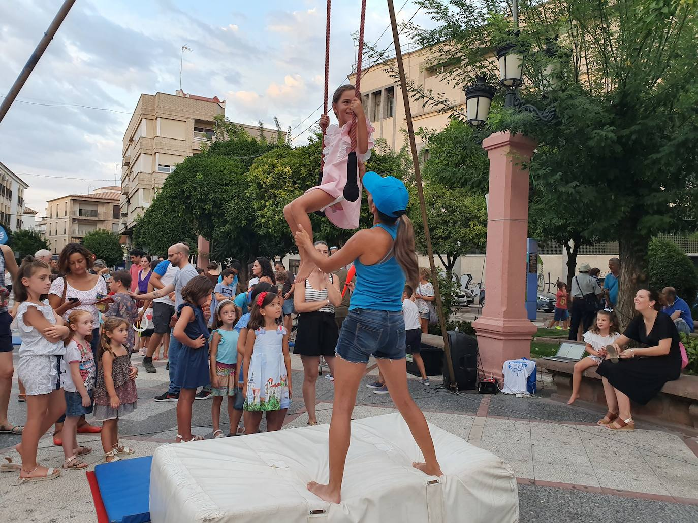 El circo de vanguardia impacta en Andújar