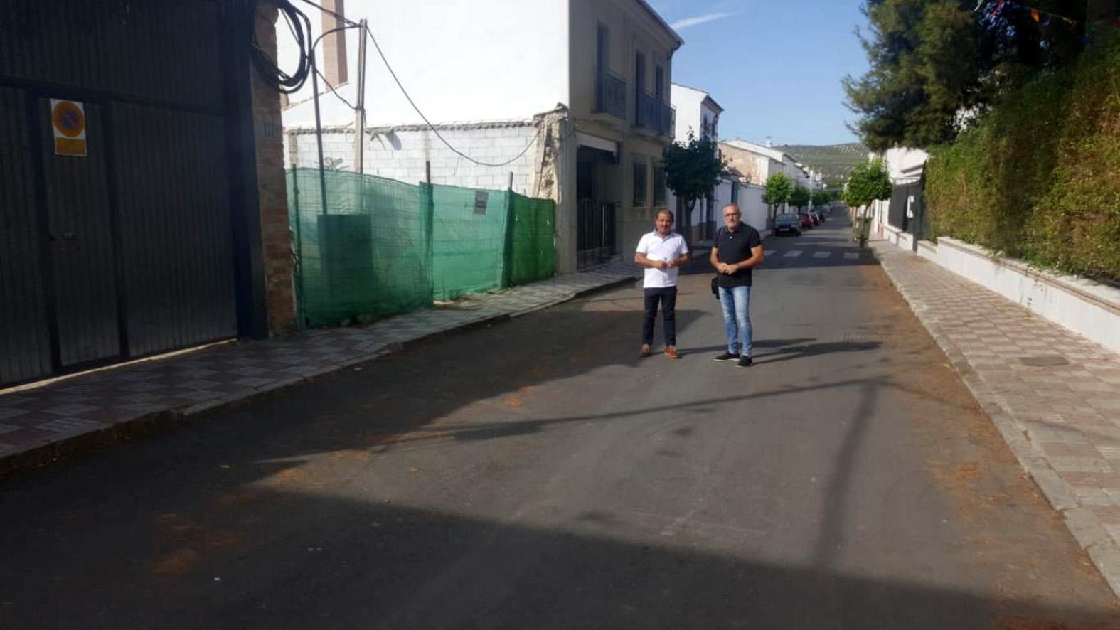 Diputación sustituye el colector general de Escañuela para mejorar la evacuación de aguas residuales