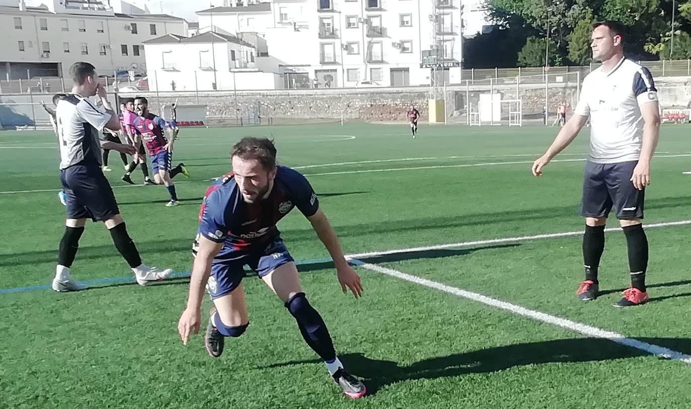 El Iliturgi arranca con un triunfo ante el Jódar (2-0) la decisiva fase de ascenso a la División de Honor Andaluza