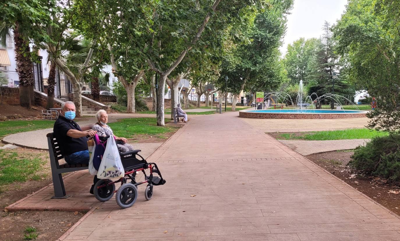 Los vecinos de Las Vistillas piden mucha más vigilancia y cuidado en el parque