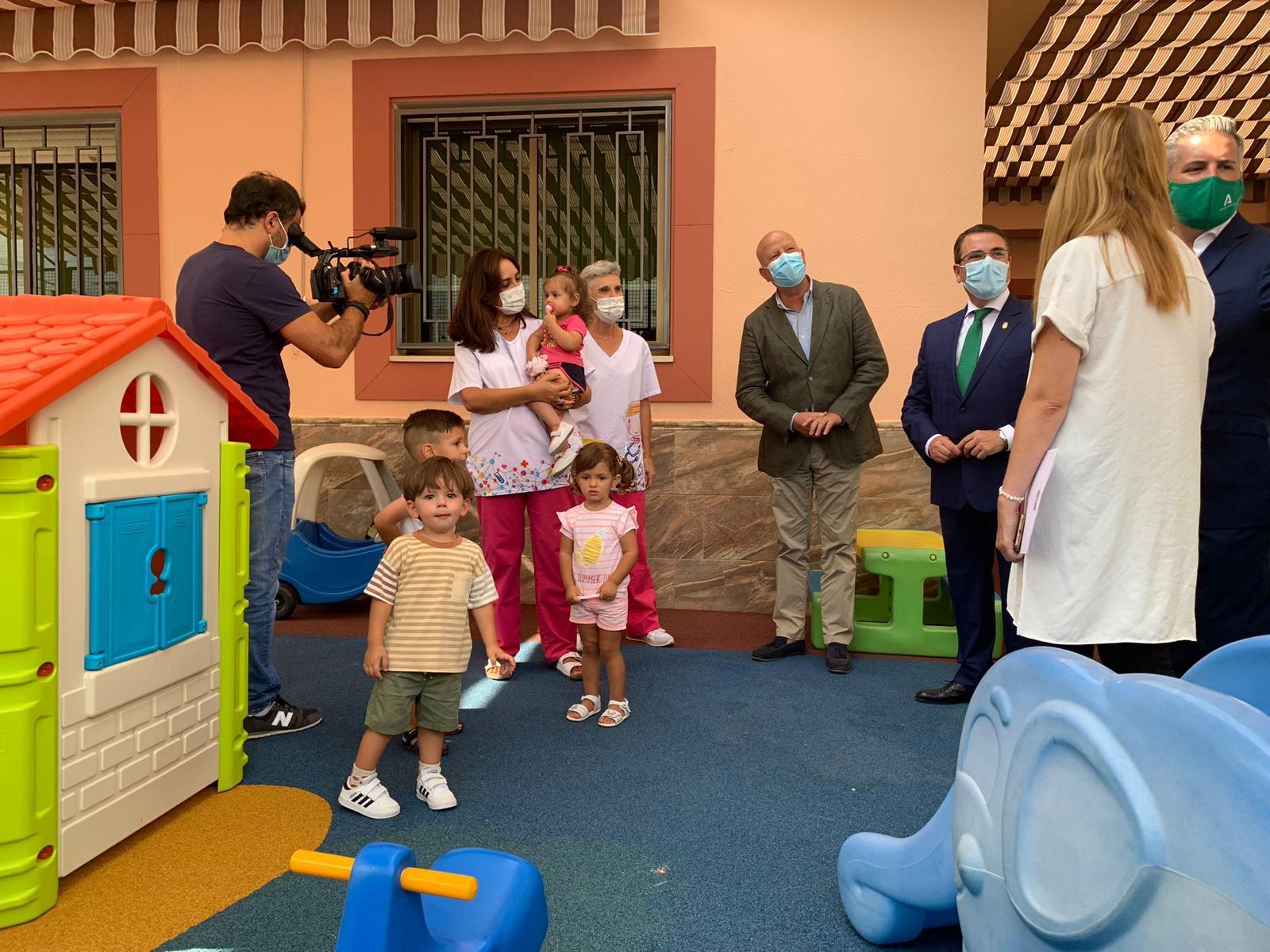 Imbroda destaca que el 1º Ciclo de Infantil acoge en Jaén a 400 escolares más que el curso pasado