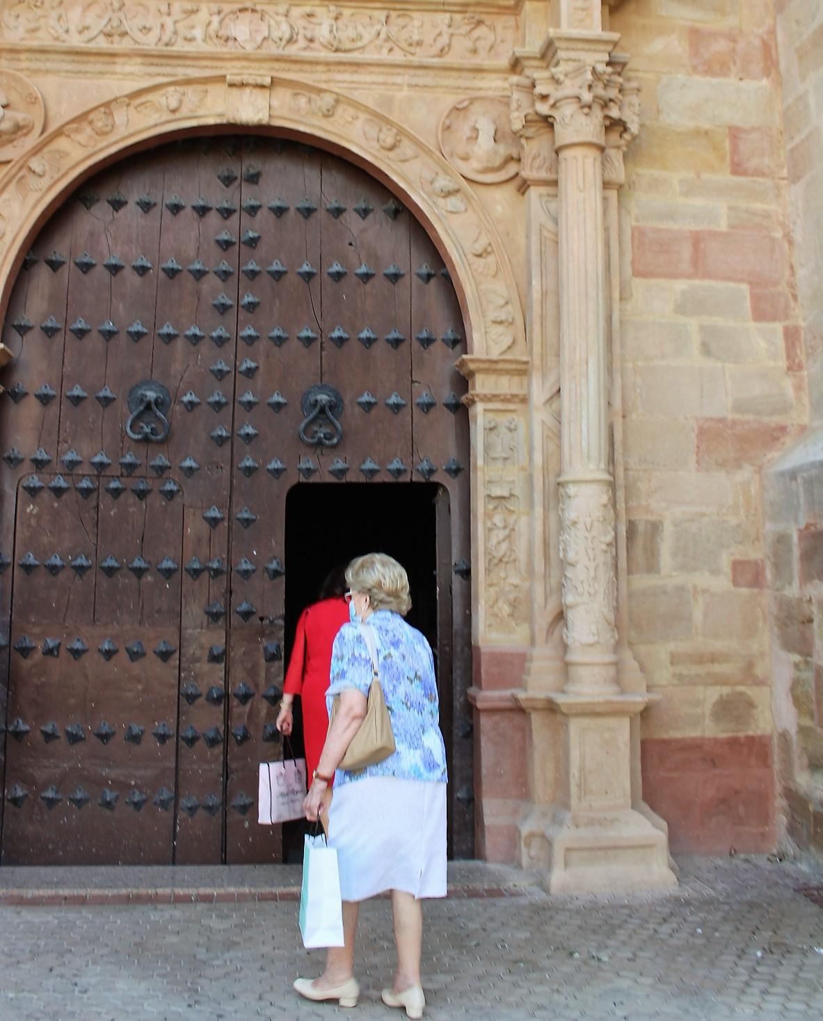 La Asociación Amigos del Patrimonio planea restaurar la portada sur de San Miguel