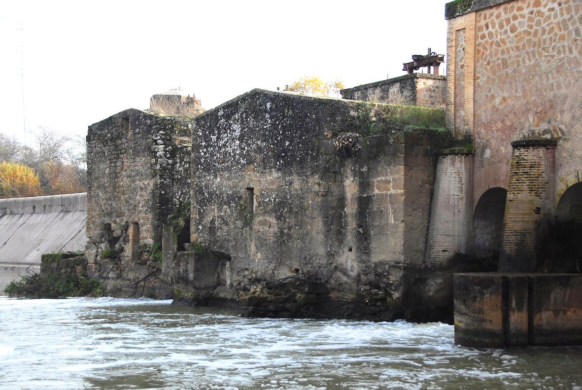 El Ayuntamiento de Marmolejo se opone a la propuesta de CHG para la demolición del complejo de Casas Nuevas