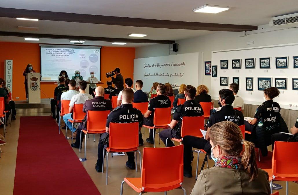 Andújar acoge el Encuentro Comarcal sobre Violencia de Género en el ámbito rural impulsado por Subdelegación de Gobierno