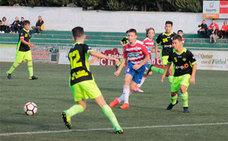El armillero Pablo Castillo, delantero en el Granada CF