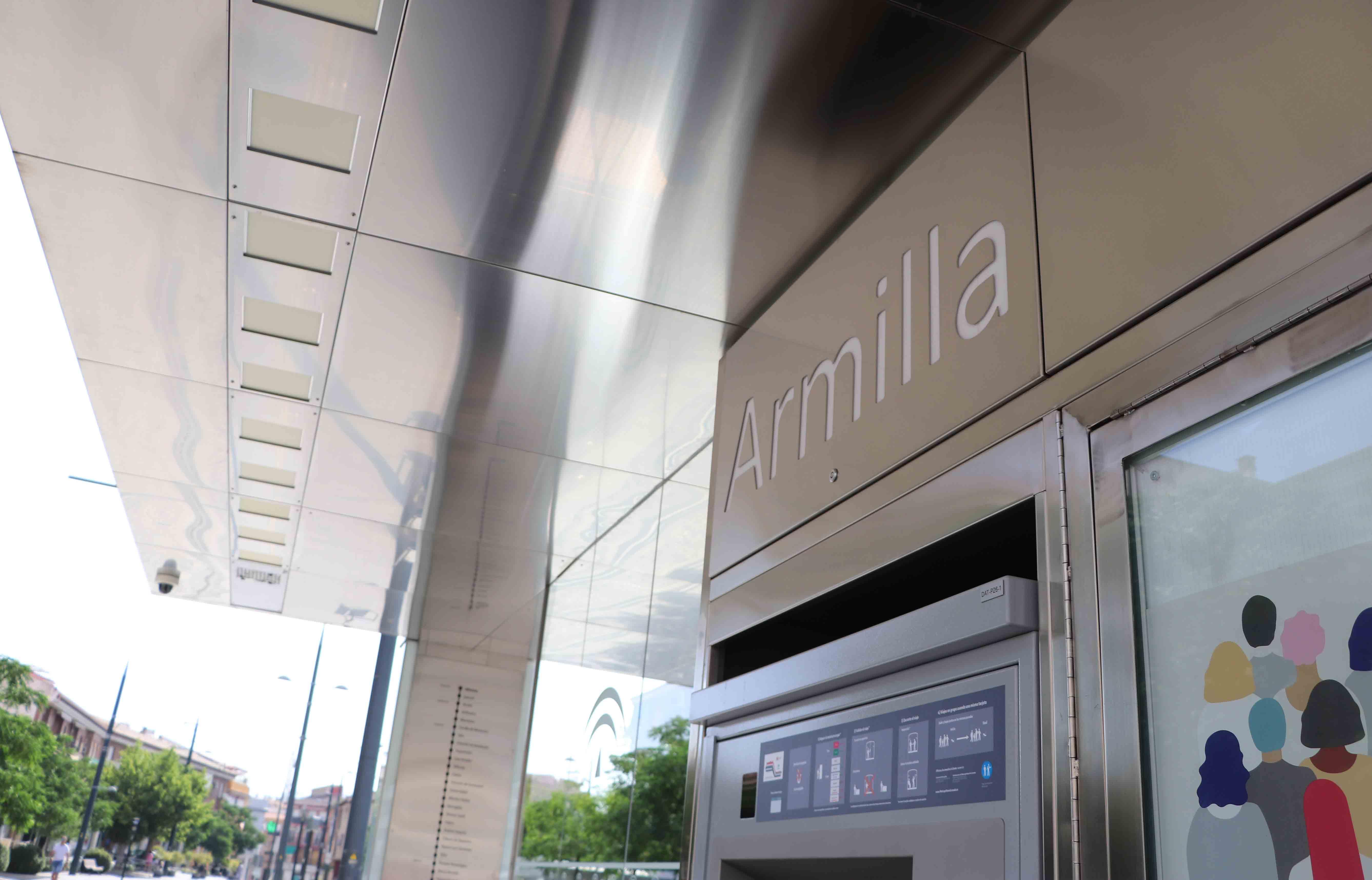 Armilla pone en marcha el 'Metro-Bus Joven'