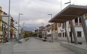 El Ayuntamiento de Armilla reemplaza luminarias por luces LED en varios barrios de la localidad