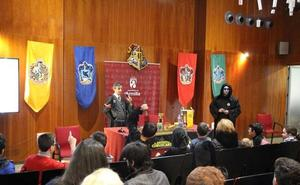 El 'Callejón de la Magia' reúne a cientos de amantes del universo de Harry Potter en Armilla
