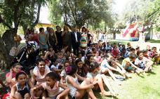 Armilla recibe a más de 100 menores saharauis que pasarán el verano en Granada