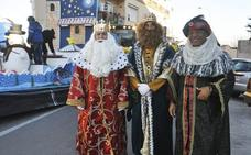 La Cabalgata de Los Reyes Magos ilusiona a pequeños y mayores