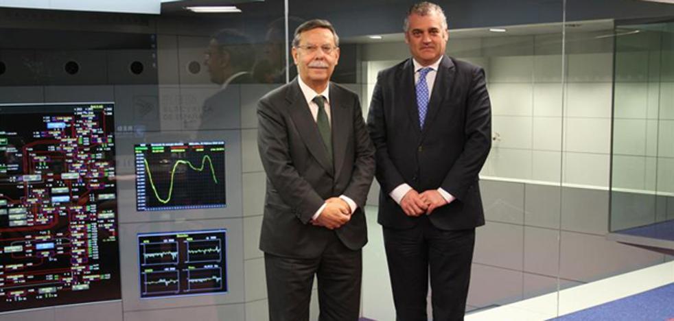 La Junta plantea al Gobierno la construcción en dos fases del eje eléctrico La Ribina-Baza-Caparacena