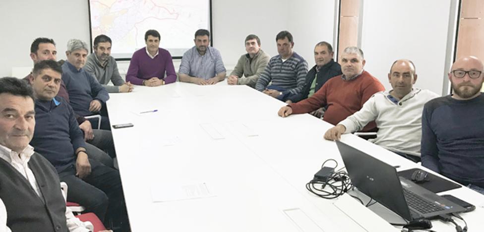 Regantes de Baza y Caniles solicitan agua del Negratín para regar 3.500 hectáreas