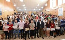 La Junta entrega al IES Pedro Jiménez Montoya el segundo premio del concurso escolar 'Ponte en Marcha'
