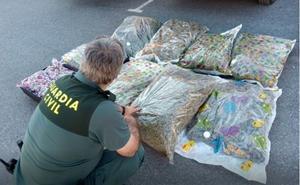 Interceptado un turismo en la A-92N, en Baza, con más de 40 kilos de marihuana