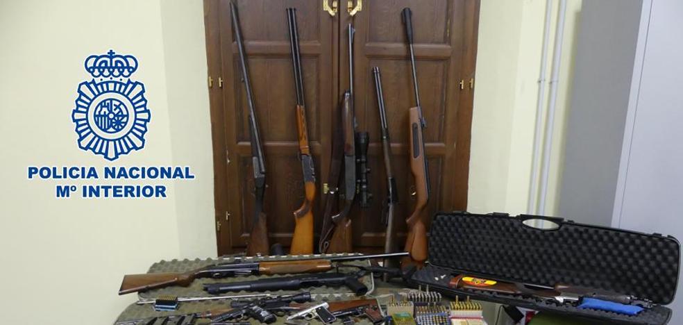 Detenido en Baza por participar en un tiroteo y tener doce armas y 600 cartuchos