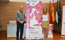 El 33 Festival de Folklore de Baza trae músicas y danzas de Senegal, Perú, Paraguay y Andalucía