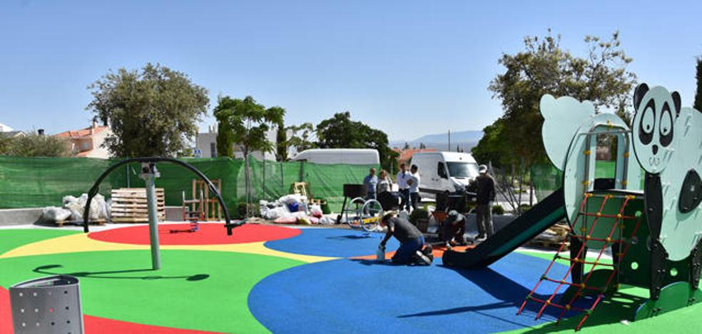 El barrio de la Montija de Baza estrena parque infantil