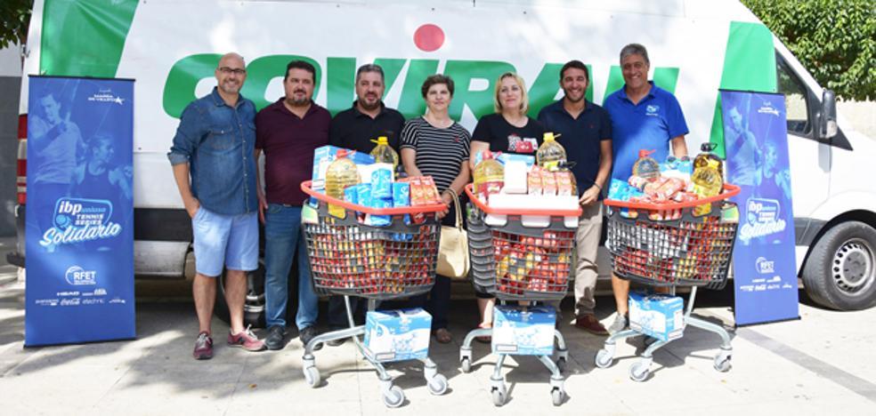 Emaús Baza recibe 1.000 kilos de comida para su comedor social