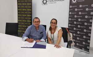 La Asociación AD-HOC firma un convenio con Bankia y Fundación CajaGranada