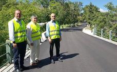 La Junta mejora el firme de la carretera a la Sagra desde Huéscar