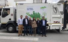 El Ayuntamiento de La Puebla invierte 164.000 euros en un camión para la recogida de residuos